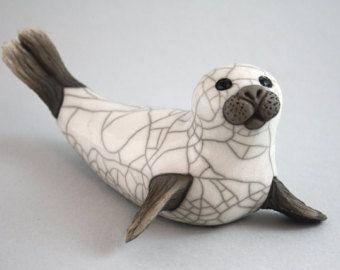 Papageitaucher Kratzer  Keramik Raku gebrannt Skulptur