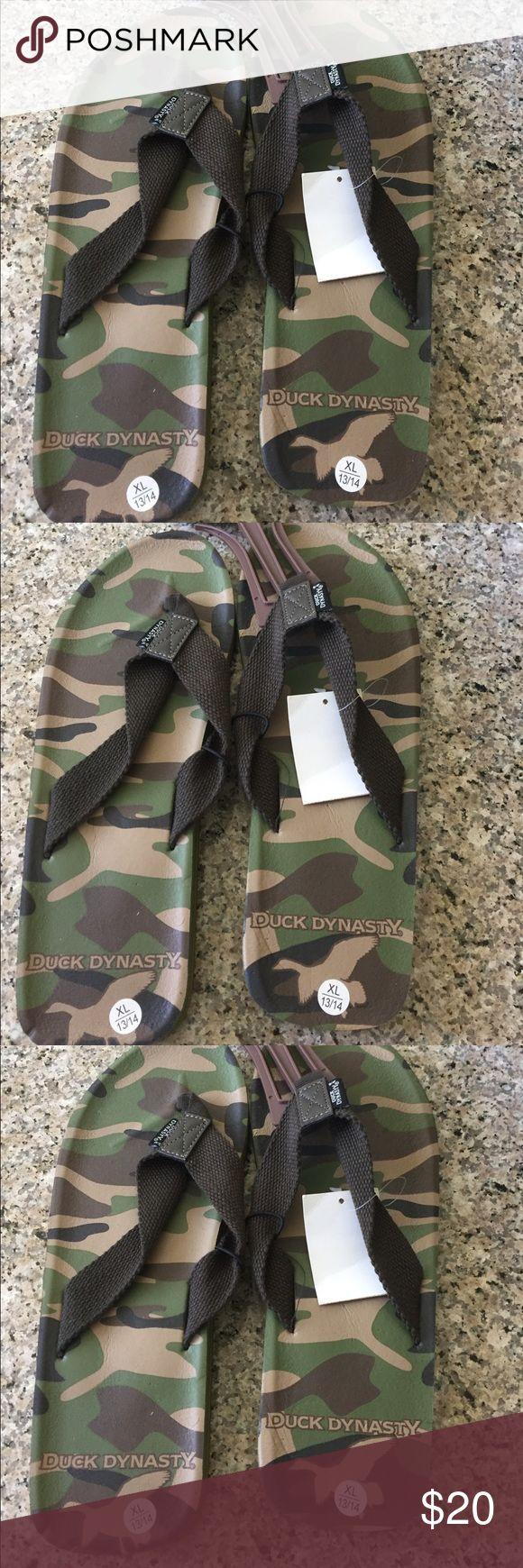 Duck Dynasty Slippers Men's Slippers Duck Dynasty Shoes Sandals & Flip-Flops