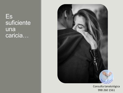 No terminen el día en el que han peleado sin hacer las paces: En la vida matrimonial hay tantas dificultades, muchas; la condición humana es así. Sin embargo, el secreto es que el amor es más fuerte que el momento en el que se pelea; nunca terminen el día en el que han peleado sin hacer la paces. Es suficiente un pequeño gesto, una caricia y mañana empezar de nuevo. Consulta tanatológica 998 260 1561 ¿Qué hacemos?: http://www.renacercancun.com/qu%…/terapia-tanatol%C3%B3gica/