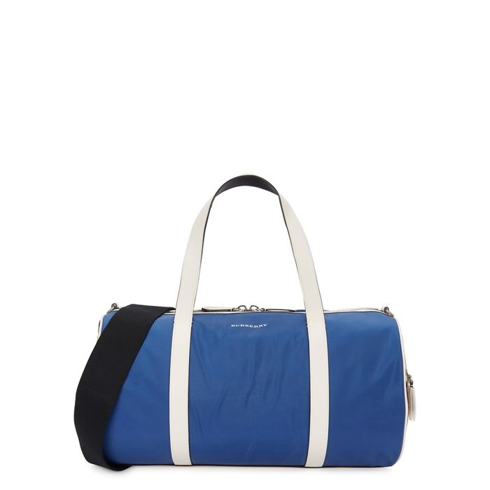 f6f9b38df5bd BURBERRY BLUE VINTAGE-CHECKED CANVAS HOLDALL.  burberry  bags  shoulder  bags