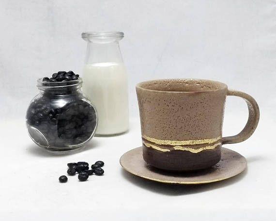 Taza mediana para café o té con plato. Cerámica artesanal