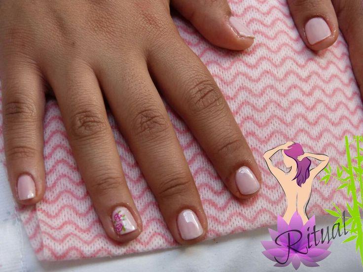 Manicure Rosa, con Flores Vintage #Nails  #NailsFlowersVintage