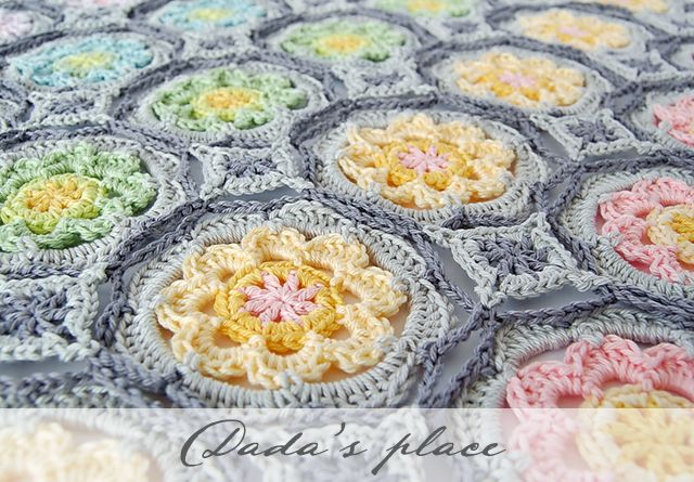Dada's place: Secret Garden Shawl Free Crochet Tutorial