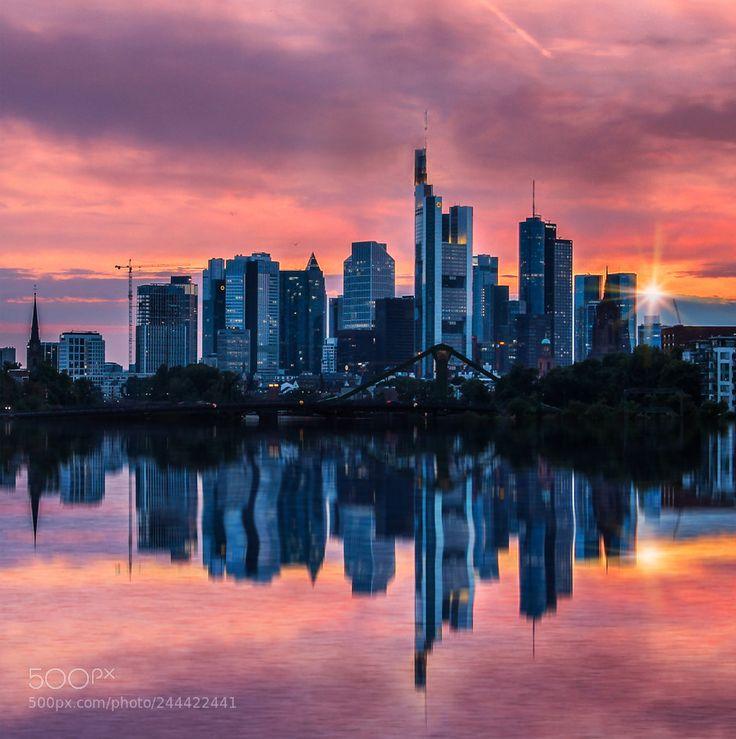 Frankfurt am Main by dharmaranabhat