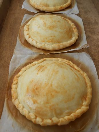 Mi mundo pinkcake: Empanadas de atún, bechamel y huevo duro