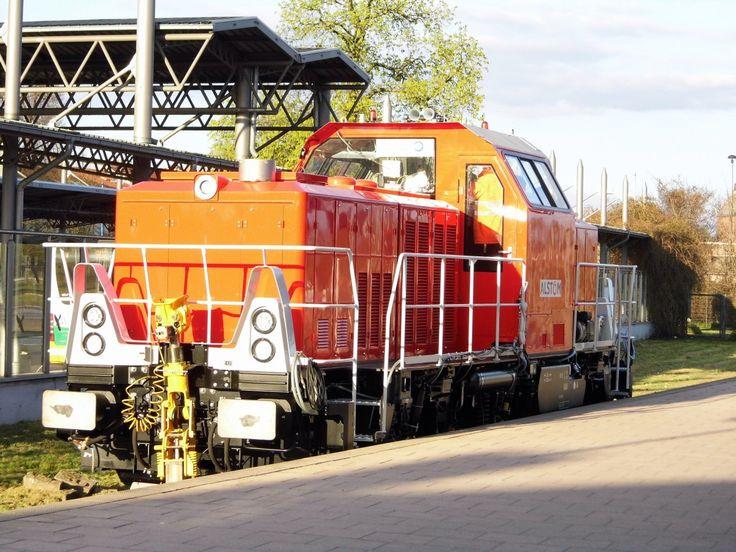 Am 22.04.2015 Testfahrten von Alstom in Stendal die Neue 90 80 1002 004-2 von ALS Testfahrten Zwischen Stendal und Rathenow .