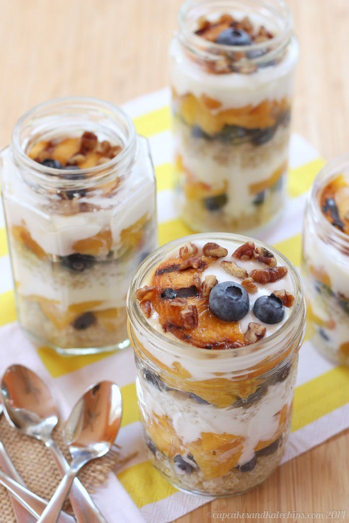 blueberries, vanilla Greek yogurt, maple syrup (honey or agave