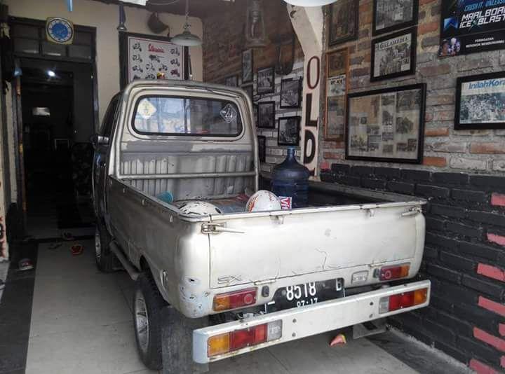 Dijual pickup jadul daihatsu s38p th 75  -surat lngkp pajak jlan .  -panel jalan semua lampu terang  -velg moris mesin 2 ..pr ada keropok.di...