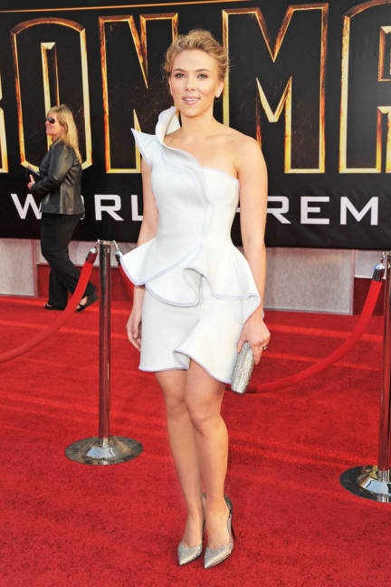 Scarlett Johansson Costume Institute Gala at the MET - Scarlett Johansson Style - ELLE