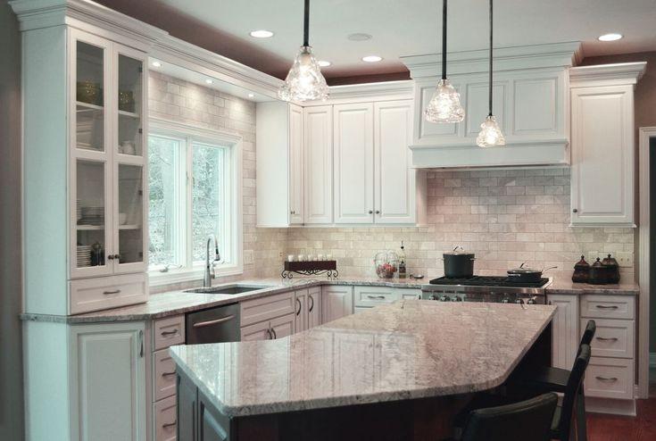 https://www.google.com/search?q=kitchen+with+staggered+height+cabinets&client=firefox-b-1&tbm=isch&tbo=u&source=univ&sa=X&ved=0ahUKEwi4jrni3r7ZAhXB11MKHZpVA5IQsAQIKA&biw=1227&bih=528#imgdii=z1c5mHYq0TFQ1M:&imgrc=J3eX-3wlRCuJgM: