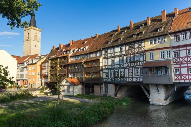 Erfurt! Eine Liebeserklärung an die schönste Stadt der Welt! Unsere ganz persönlichen Erfurt-Tipps. Wir zeigen dir Sehenswürdigkeiten, Hotel-Tipps und die besten Restaurants in Erfurt.      *********************************** Du willst auch digitaler Nomade werden?  Hier findest du alles was du benötigst:  http://digital-nomad-shop.com/    ***********************************