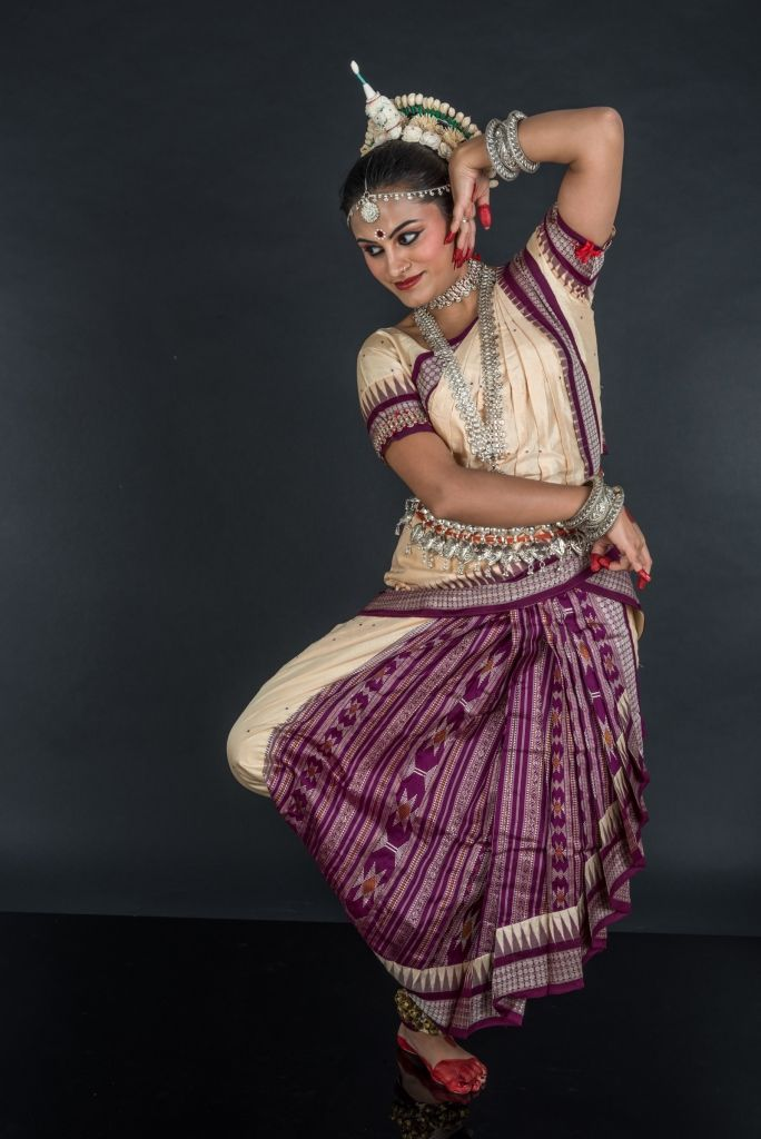 essay on odissi dance Advertisements: odissi: a classical dance forms of india odisha, according to cultural historians, presents the earliest evidence of dance in india in the caves of.