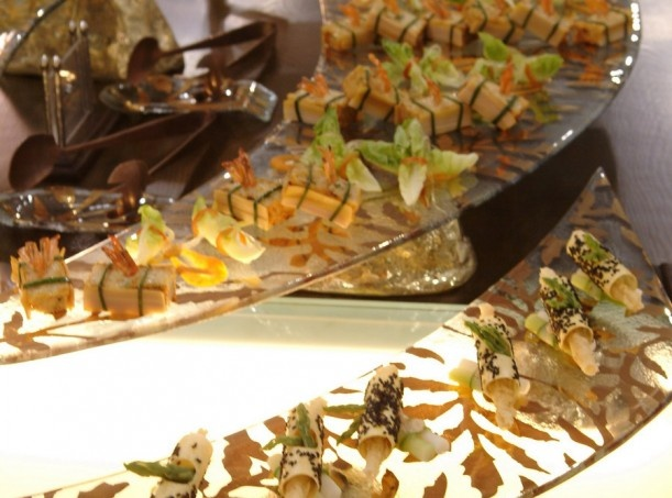 Multi level buffet display for dessert and canape for Canape dessert ideas
