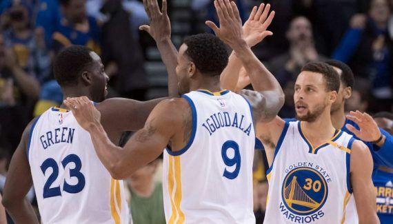 Golden State : le prix des places va encore flamber -  32 000. C'est le nombre de fans des Warriors placés sur liste d'attente pour décrocher un abonnement à l'année. Comme les supporters sont fidèles (99.5% de taux de réabonnement !)… Lire la suite»  http://www.basketusa.com/wp-content/uploads/2017/02/warriors-heat-570x325.jpg - Par http://www.78682homes.com/golden-state-le-prix-des-places-va-encor