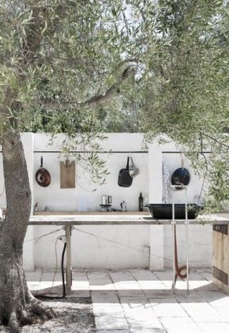Create an outdoor kitchen to enjoy your garden as much as possible