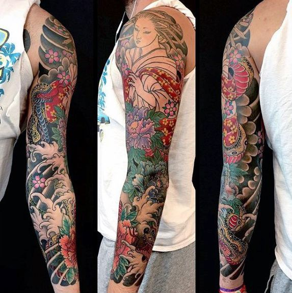 Awesome Guys Full Sleeve Japanese Flower Tattoo Ideas Sleeve Tattoos Half Sleeve Tattoos Designs Full Sleeve Tattoos