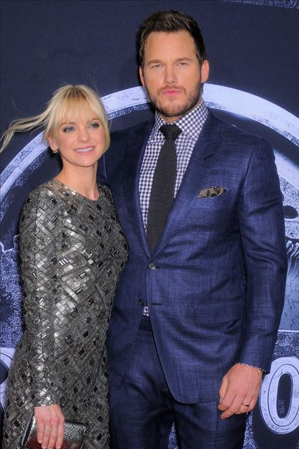 Chris Pratt and wife Anna Faris at the premiere of Jurassic World in Hollywood on June 10th. #TCLCelebrities #TCLChineseTheatre #RedCarpet
