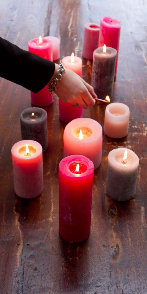lighting pink candles