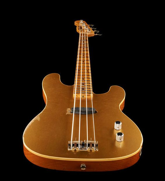 Fender LTD Gold Top Dusty Hill P-Bass, 4 string bass guitar, Custom Shop, limitierted run (50pcs wolrdwide), exactly thomann like the one Dusty is currently on tour  colour: gold metallic custom relic finish (nitrocellulose laquer) #thomann #fender #bass