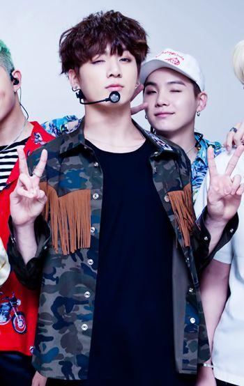 """tae-eyebrows: """"sugutie: """" Y'ALL!!!! """" @jungkookism """""""
