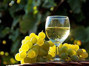 Fondo de Pantalla de copa de vino blanco