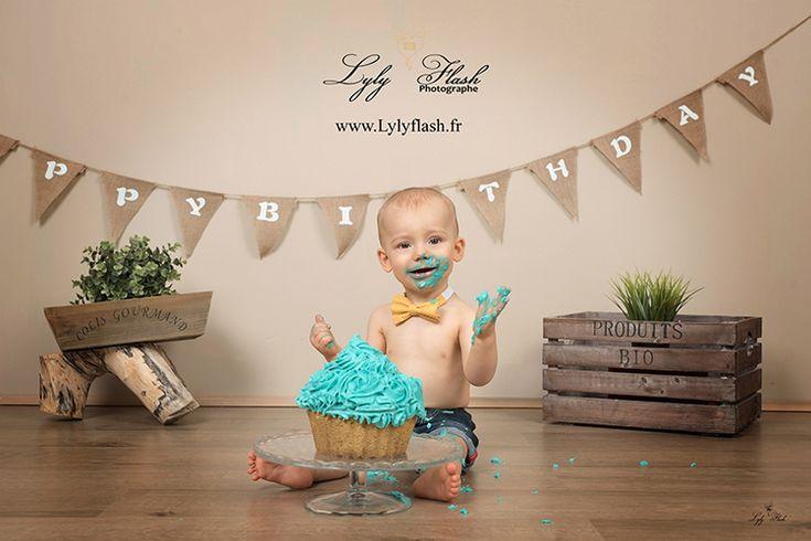 photo anniversaire bébé smash the cake par photographe Toulon