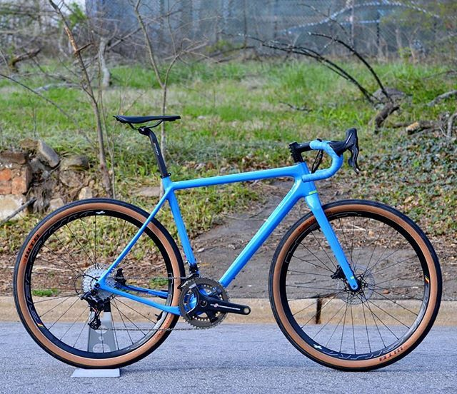 Open U P With Campagnolo Record And 650b Wheels Another Of The Bike Builds That Took Our Breath Away For More See The Lin Gravel Bike Touring Bike Bike Swag