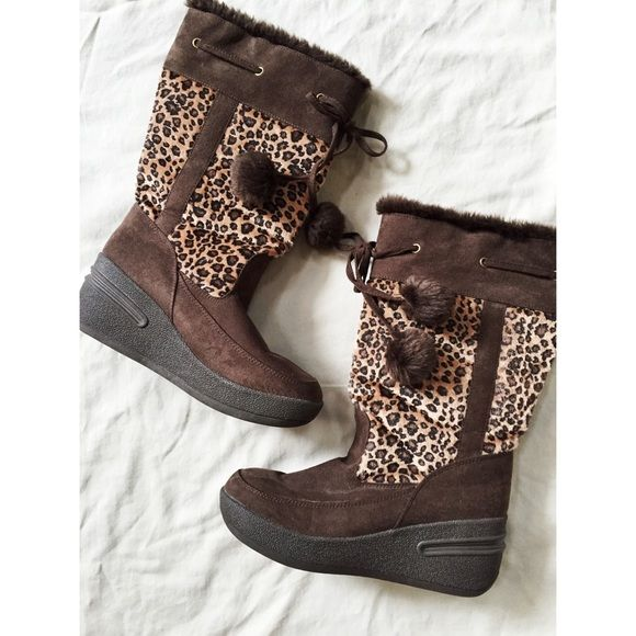 ✨ leopard print and brown wedge boots with fur✨ ✨ leopard print and brown wedge boots with fur ✨ Swish leopard Shoes Winter & Rain Boots