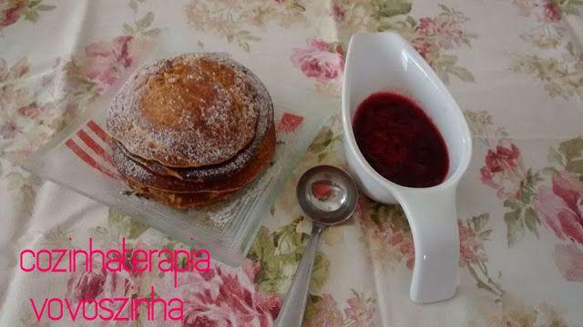 Cozinhaterapia Vovoszinha: panqueca de abobora com calda de framboesa