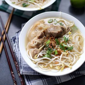 Banh Canh Gio Heo - Noodle Soup with Pork Hock