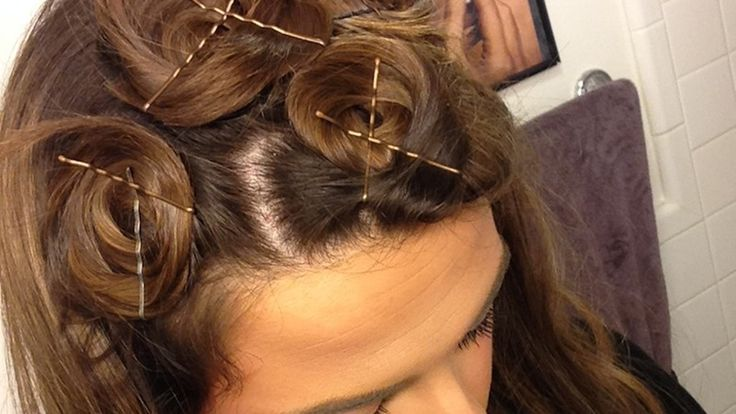 How to Curl Straight Hair Overnight, Without Using Any Damaging Heat, Because Yes, You Can Have Big Bouncy Waves