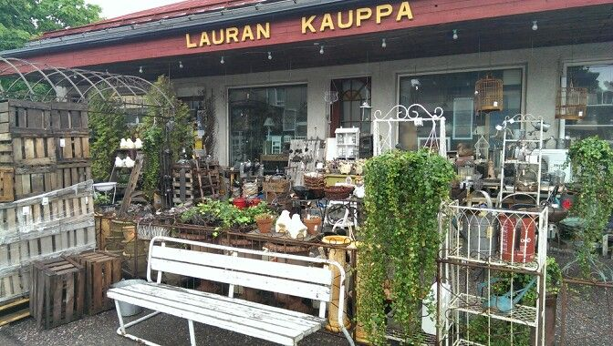 Lauran Kauppa, Vääksy