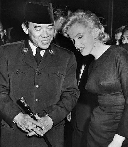 Soekarno and marilyn monroe