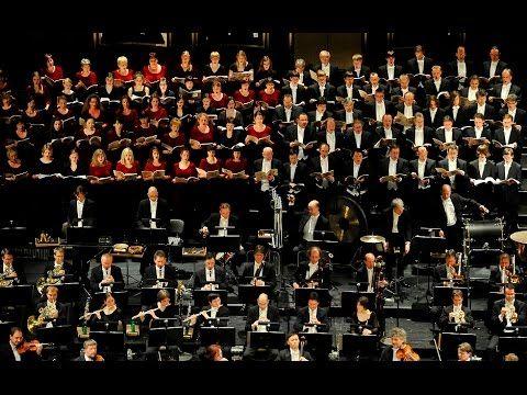 200 JAHRE OPERNCHOR LEIPZIG / OPER LEIPZIG  Am 26. August 1817 wurde unter der Leitung des theaterambitionierten Juristen Karl Theodor Küstner das neue Theater der Stadt Leipzig eröffnet. Auf dieses Datum geht auch die Etablierung eines festen Opernchores zurück was musikgeschichtlich auf der Hand liegt. Zum 200jährigen Jubiläum des Chores der Oper Leipzig steht neben einer Fülle von großen Choropern ein Festkonzert auf dem Programm in dem sich der Klangkörper mit dem Gewandhausorchester…