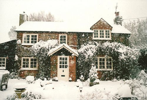 winter - i would love this house