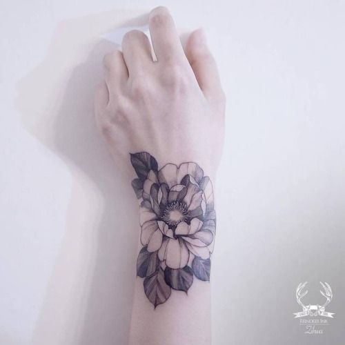 By Zihwa done at Reindeer Tattoo Studio Seoul....