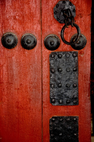 korean palace #doors #red