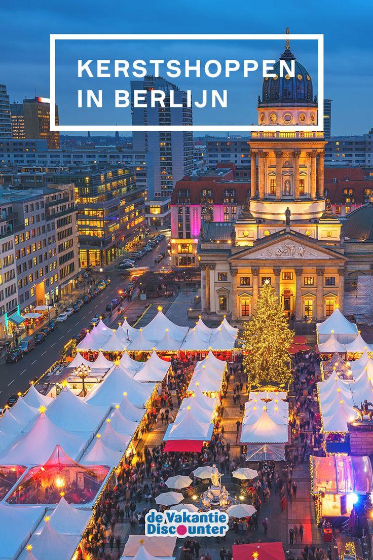 All I want for christmas is... kerstshoppen in Berlijn! Struin langs de kerstmarkten in de Duitse hoofdstad of zwaai met je creditcard in warenhuis KaDeWe. Deze bruisende stad is perfect voor iedereen die cadeaus wilt inslaan voor de feestdagen!