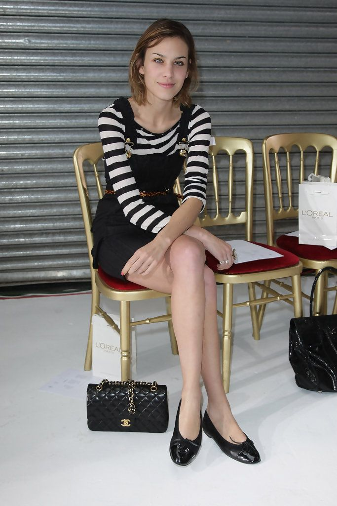 Alexa Chung Photos - Luella Front Row: Spring/Summer 2010 - London Fashion Week - Zimbio
