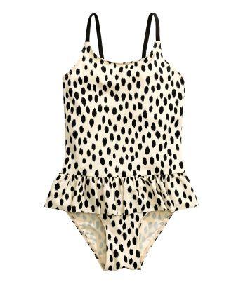 ber ideen zu bikini m dchen auf pinterest girls bikinis und sexy. Black Bedroom Furniture Sets. Home Design Ideas