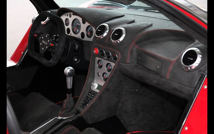 2014-2M-Designs-Gumpert-Apollo-S-IronCar-Interior-2-2560x1600.jpg (2560×1600)