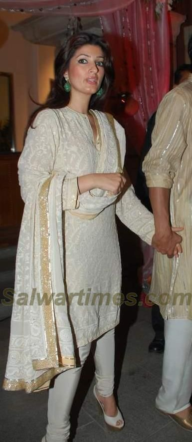 salwartimes.com-Your Daily Dose of Salwar Fashion: Twinkle Khanna