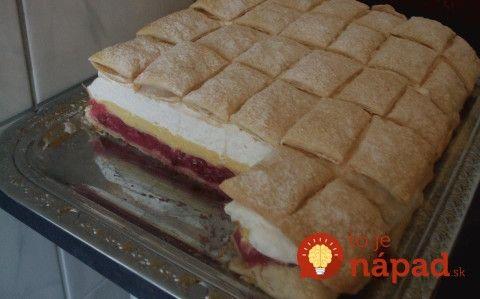 Top dezert z lístkového cesta: Krupicovo-šľahačkové kocky s poriadnou porciou krému!