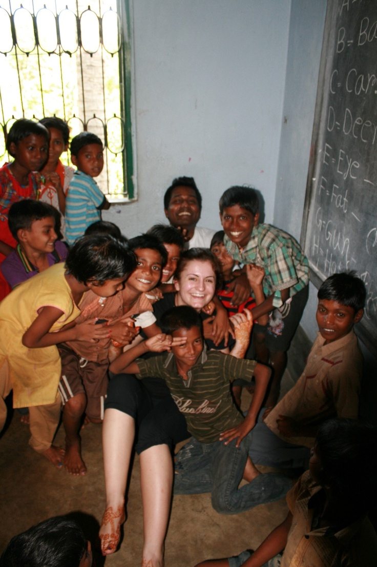 LA's 1 Year Student Lydia amongst all the children she visited in India!