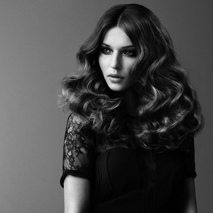 Achieve a variety of curl styles using the BaByliss Perfect Curl