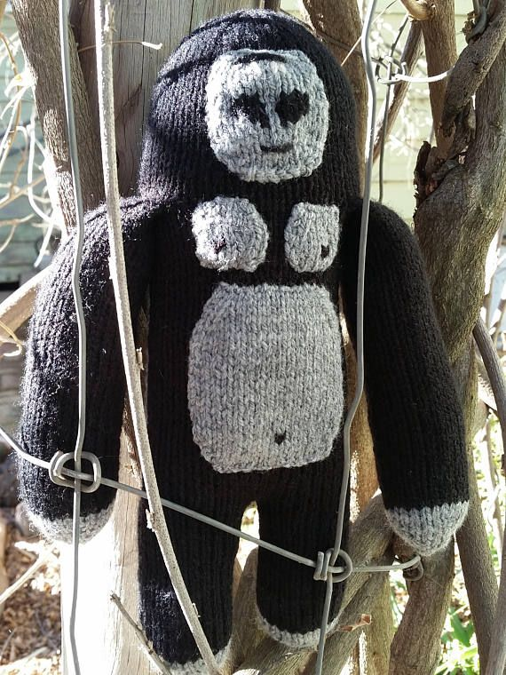 Check out this item in my Etsy shop https://www.etsy.com/au/listing/237109805/hand-knitted-gorilla