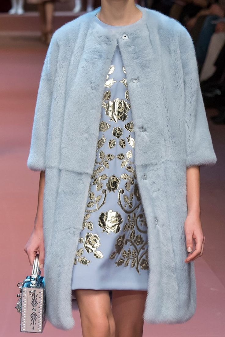 Dolce & Gabbana Fall/Winter 2015 RTW Detail