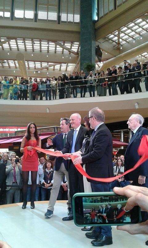 ModaeStyle: Inaugurazione in grande stile per Il Centro di Are...