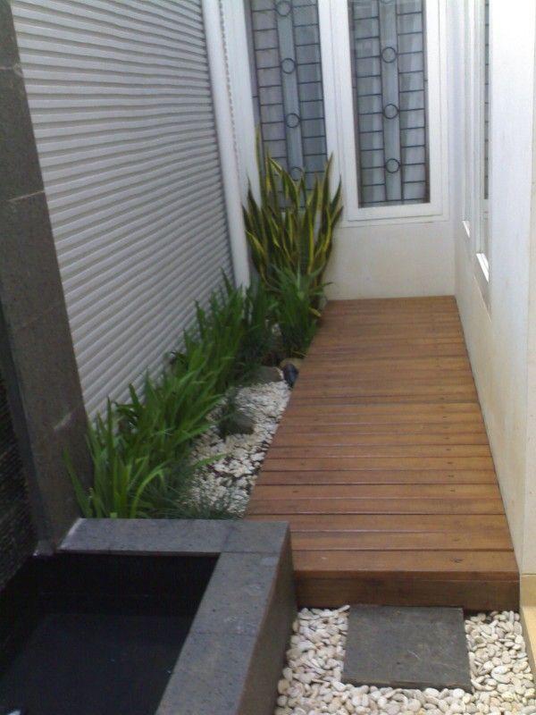 taman rumah di pojok