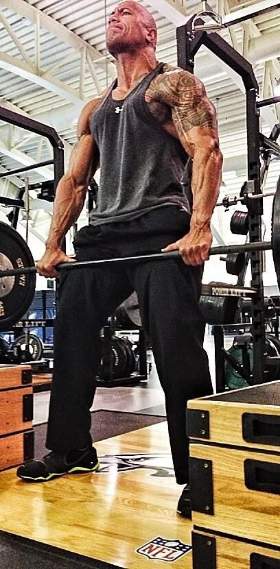 "#Dwayne ""The Rock"" Johnson #The Rock #Bodybuilding  Weitere Infos hier: http://bodybuildingtrainingsplan.net/dwayne-the-rock-johnson/"